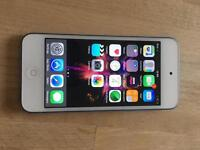 iPod touch 6 gen very good condition. 16gb