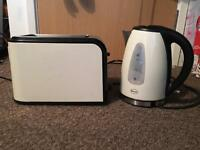 Swan Toaster & Kettle