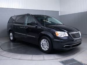 2015 Chrysler Town & Country LIMITED STOW N' GO MAGS TOIT CUIR N West Island Greater Montréal image 3