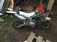 Stomp racing 110cc pit bike
