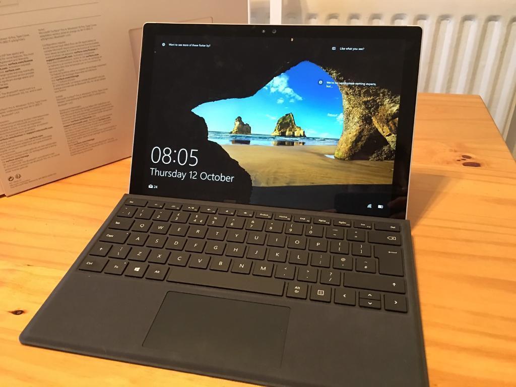 Microsoft Surface Pro 4 i5 Windows 10 128GB 4GB RAM