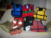 Buoyancy aids/lifejackets