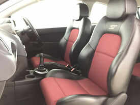 2008 FORD FIESTA HALF LEATHER 'ST' SEATS - FRONT & REAR (RED / BLACK)