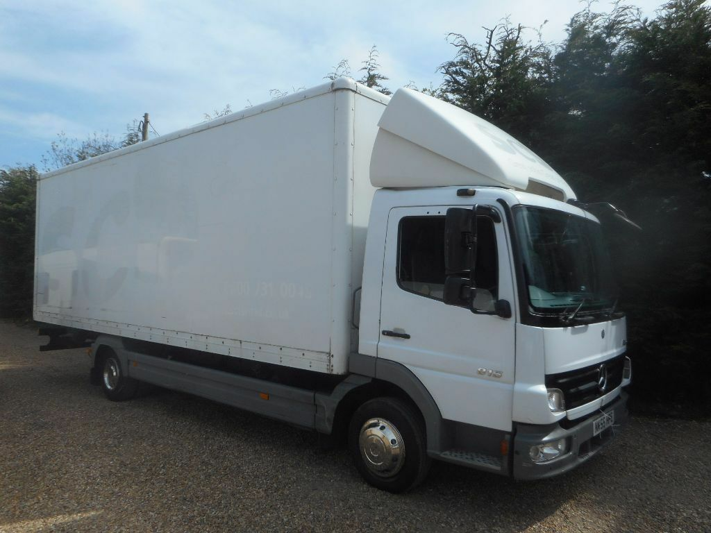 Hatchback Camper Conversion >> MERCEDES ATEGO 7.5 TON BOX LORRY IDEAL REMOVAL TRUCK - RACE LORRY - 24FT BOX !! | in Harrietsham ...
