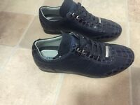 Men's Bamboo size 7 in excellent condition
