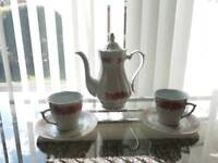 Porcelain tea pot set