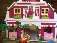 Lego Friends stable