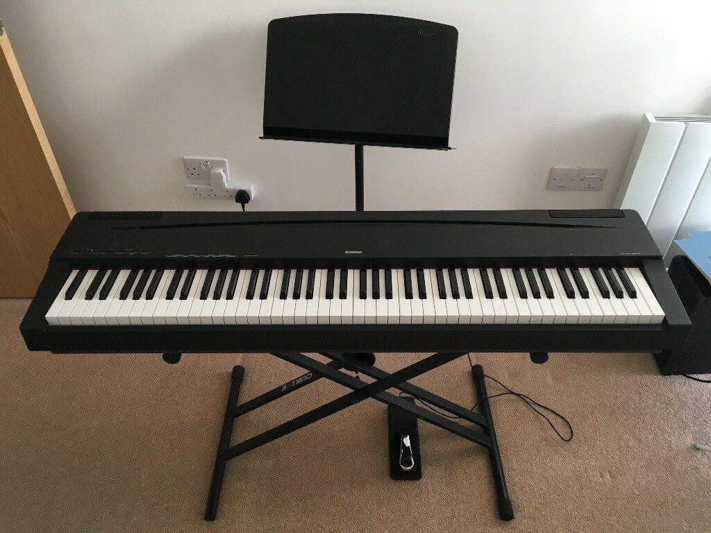 yamaha p70 professional keyboard with yamaha pedal quiklok stand music stand in bristol. Black Bedroom Furniture Sets. Home Design Ideas