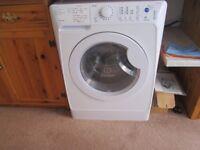 Indesit PWDC 8125 W Washer Dryer washing machine
