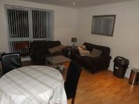 Excellent 3 bed flat available for rent