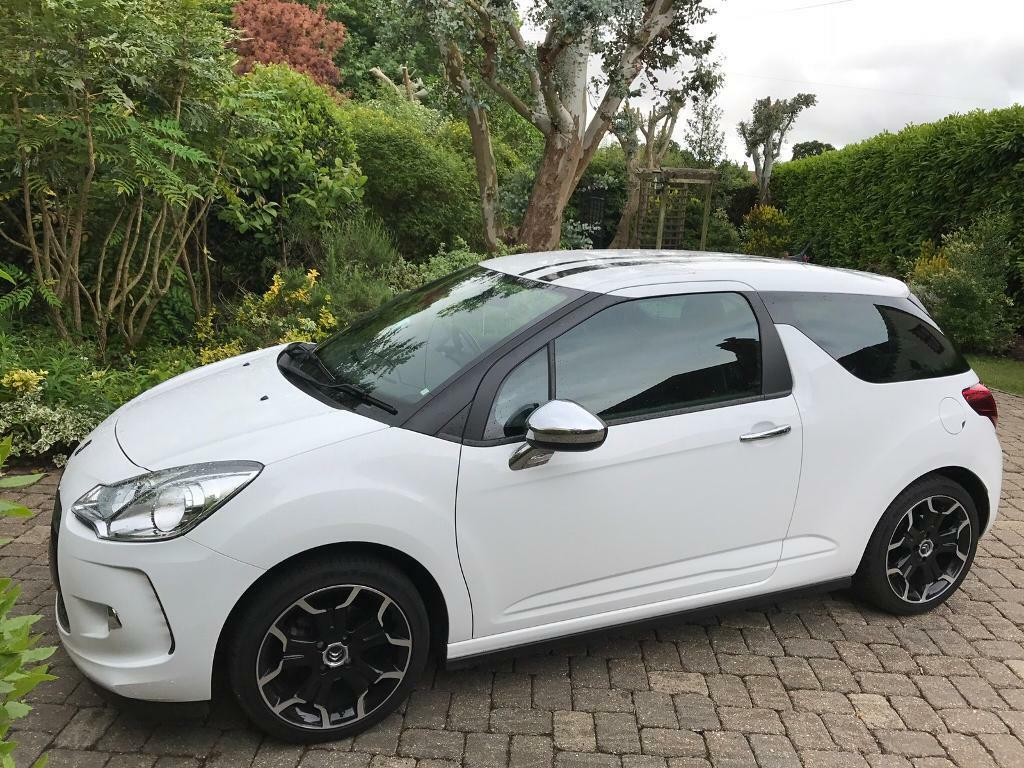 2011 citroen ds3 sport 1 6 hdi black and white ltd edition very low mileage in lowestoft. Black Bedroom Furniture Sets. Home Design Ideas