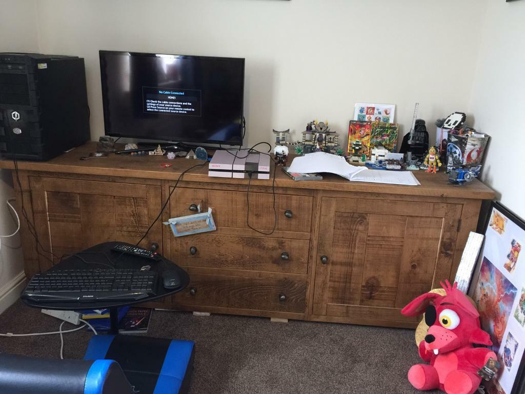 """Indigo sideboardin Belper, DerbyshireGumtree - This is 8 months old house moving forcing sale was £1000 new no offers wanting £400 approx 72 long 21"""" deep and 33"""" tall"""