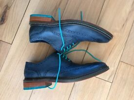 Dark blue shoes - Worn once - Excellent condition - Cole Haan