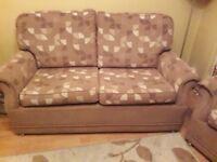 tan&beige suite of furniture/ settee plus 2 armchairs