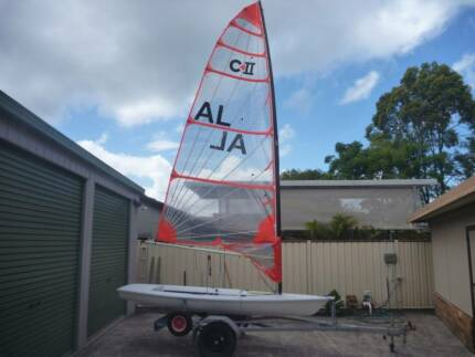 Byte Sailing Dinghy with CI and CII rigs and road trailer