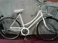 Ladies bike,Raleigh caprice,frame size 18_23,