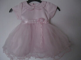 COUCHE TOT Pink girls dress 12-18 months