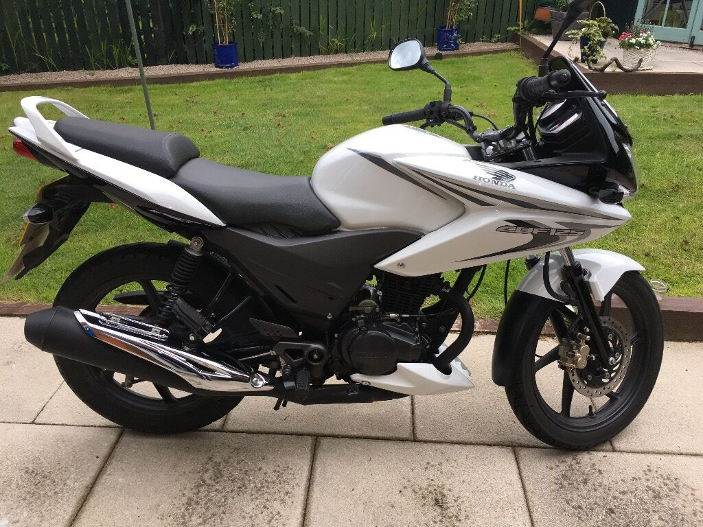 honda cbf 125 2014 very low miles mot feb 2018 in milngavie glasgow gumtree. Black Bedroom Furniture Sets. Home Design Ideas