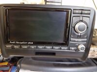AUDI TT RNS-E 510 Sat Nav Stereo DVD CD Player Hands Free