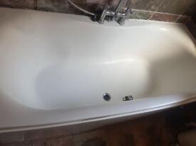 bath in good condition
