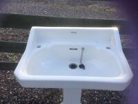 Traditional sink and pedestal