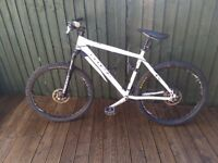 Mountain bicycle Boys frame size 19in/48cm Genesis Core 10