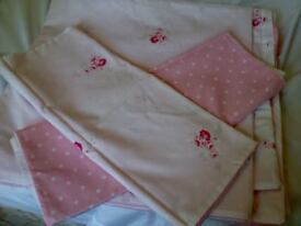 Very Pretty Double Duvet Cover and 2 Matching Pillowcases
