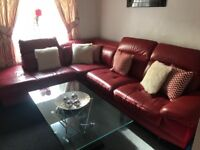 Corner sofa + chair