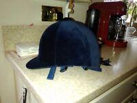 Ladies riding hat.