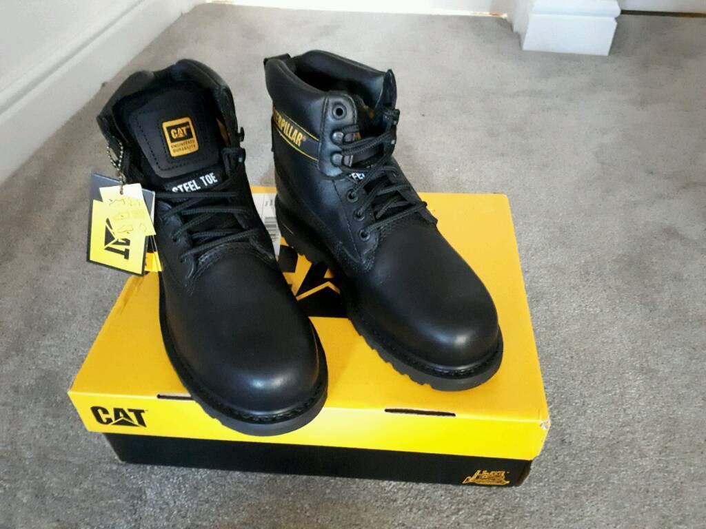 Black leather caterpillar boots size 6 brand new