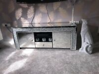 Mirror diamond tv unit