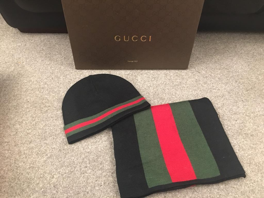 Gucci beanie hat and scarf set  876a48826c2