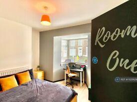 1 bedroom in Norfolk Street, Swansea, SA1 (#1025629)