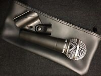 Shure SM58 vocal microphone in excellent condition with bag & mic clip