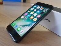 Unlocked Apple iPhone 7 32gig Boxed, Apple warranty Nov 2017