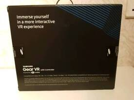 Brand new Samsung Gear VR with controller