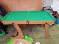 Folding snooker table