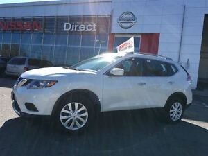 2015 Nissan Rogue S AWD IN BEAUTIFUL CONDITION-ONE OWNER-CLEAN C