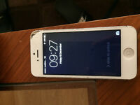Iphone 5 - 32 GB Fully working- Exterior Conditon poor.