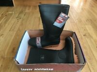 For Comfort And Protection Sizes UK 8, 9 & 11 Brand New In Box