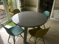 Grey Gloss Table and Chairs from Danetti ( Yellow and Green)