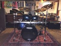 Very experienced drummer seeks band