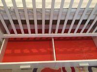 Cosatto Do-Ri-Mi 3 in 1 Cotbed in White + mattress
