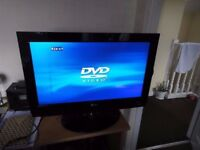 """26"""" LG TV, Built in DVD Player.. (Read advert please, NO TEXTS!)"""