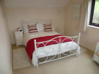 Sunny Double Bedroom in Beautiful Cottage Holcombe Rogus