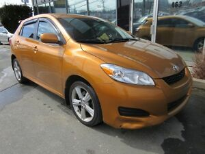 2010 Toyota Matrix XR AUTO HATCH