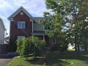 379 000$ - Maison 2 étages à vendre à Boucherville