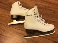 Ice skates size 3
