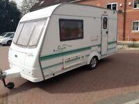 Coachman pastiche 390/2 berth 2002 caravan in prestige condition inside and out