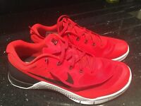 Nike Metcon 2 Mens Red Trainers Size UK7.5